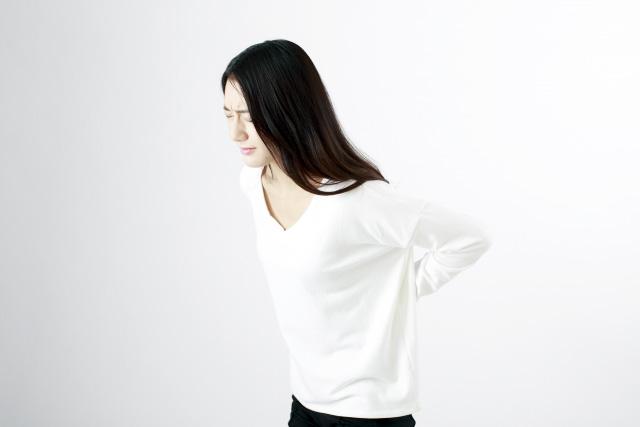 腰痛|20代 女性「立ち仕事時の急激な腰の痛み」