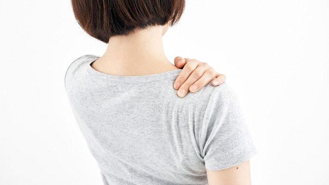 マタニティ・妊娠中|20代 女性「妊娠6ヶ月。右首から右肩にかけて痛みがあり、時々頭痛も起きる。」