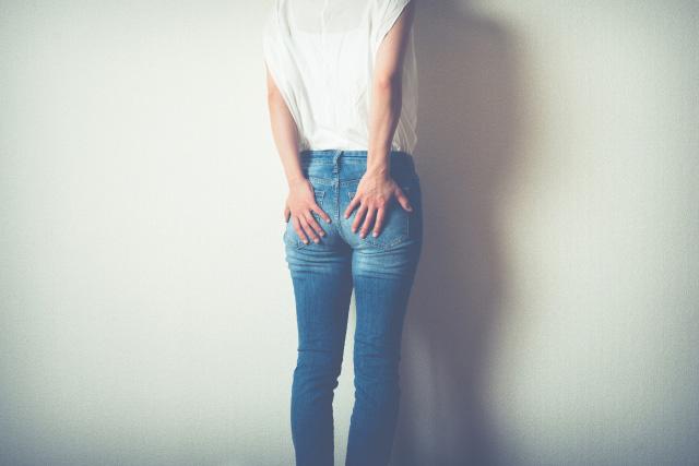 腰痛|40代 女性「今朝から腰がじんわり全体的に痛く、痺れもある。」