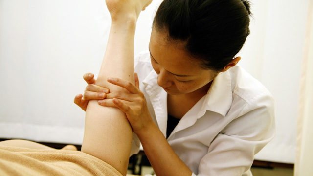膝下リンパトリートメント|足先から膝裏までのオイルリンパトリートメント